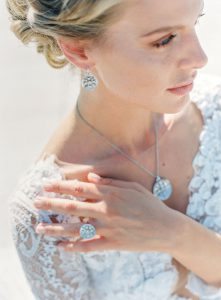 Beautiful model Bride showing up exclusive jewels
